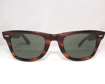 RAY BAN WAYFARER Tortoise Frames with Case