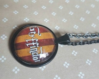 25mm round pendant necklace - gryffindor harry potter
