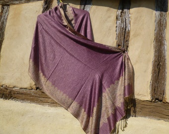 "Reversible Rose Pink with cream Pashmina shawl/stole.  70 x 28""  178 x 71 cm"