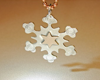 Sterling silver snowflake pendant with a solid 14K solid gold star - NL279