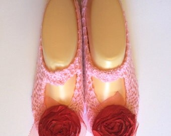 Cosy House Slipper Socks  (Pink, with red flowers)