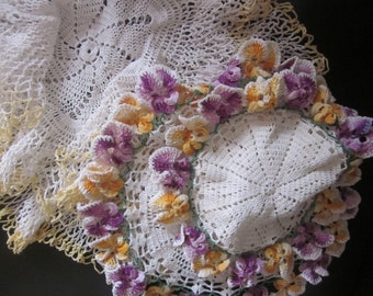 ROMANTIC CHIC DOILIES Set Of Four Handmade