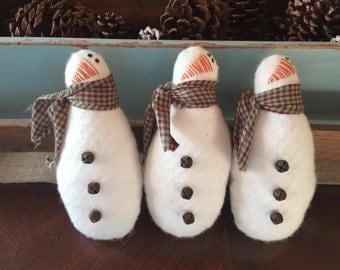 Primitive  Snowman Christmas Ornies Ornament Set