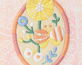 Colorful Flower Applique, Cute Floral Embroidered Iron On Patch, Japanese Iron on Applique, Made in Japan, Natural Embroidery Applique, W092