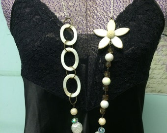 Daisy Days SubtleTees Necklace
