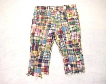 John Weitz Patchwork Madras Cutoff Shorts Vintage Retro 1970s Glen Oaks Cotton Plaid Casual Cropped Length Golf Pants Size 34 Medium M