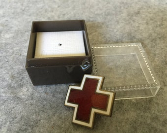 intage WWII Sterling Silver Enamel Red Cross Sevice Pin Nurse Army Medic Pin