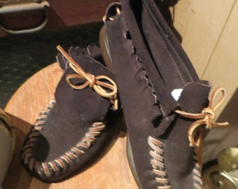 Vintage  dark brown Handsewn   Moccasins  Webster Rubber Company Shoes 8  USA Womens