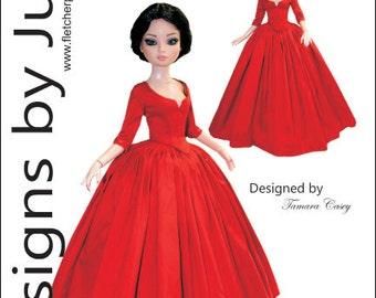 "Outlander Claire Dress Pattern for 16"" Ellowyne Wilde Dolls Tonner"