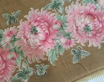 Beautiful Gauzy 1920's 1930's Dressmaking Fabric Border Mum Flowers on Brown