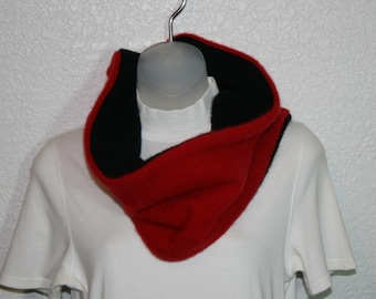Cashmere cowl - felted and upcycled - Red