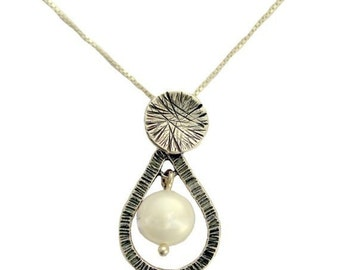 Pearl pendant,  sterling silver necklace, drop necklace, pearl necklace, dainty silver necklace, simple necklace - Pearl vision N8995-2