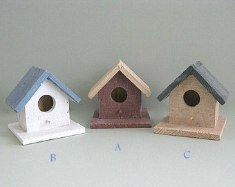 Wood Birdhouse Decor Rustic Birdhouse Ornament Wood Bird House Blue Decorative Birdhouse Decoration Wooden Country Primitive Miniature