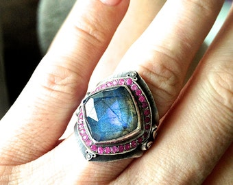 Statement Ring in Oxidized Sterling Silver with Labradorite and Ruby
