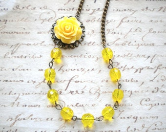 Yellow Necklace Yellow Bridesmaid Necklace Yellow Flower Necklace Yellow Jewelry Yellow Glass Necklace Beadwork Yellow Wedding Jewelry
