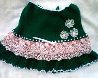 130. Knitted green skirt girl skirt length 32 cm skirt frill and flowers