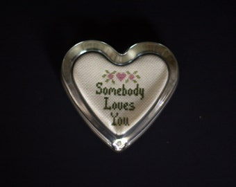 """vintage glass heart paper weight embroidered """"somebody loves you"""""""