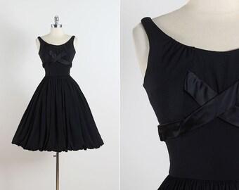 Raven Tide . vintage 1950s dress . vintage cocktail dress . 5513