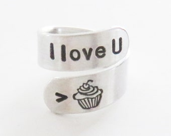 I love you more than cupcake ring - Daughter gift for girlfriend - Valentine's gift for wife mom grandma - Mother's day gift - I love U ring