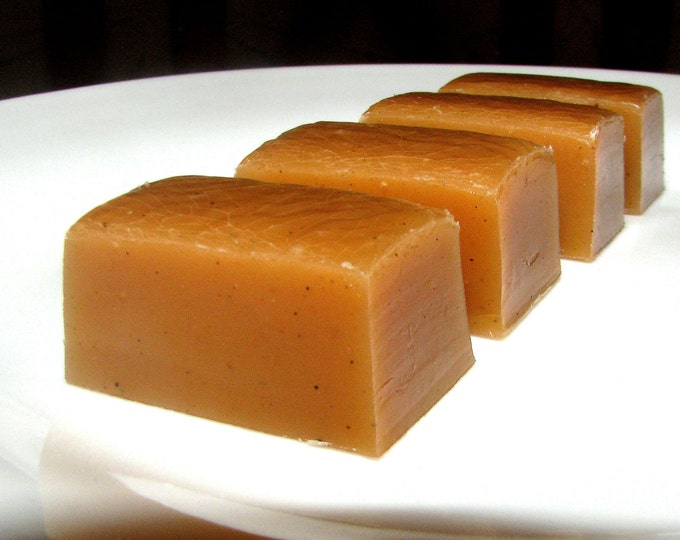 Gourmet Caramel Apple Caramels - Great for WEDDING, ENGAGEMENT, PARTY Favors