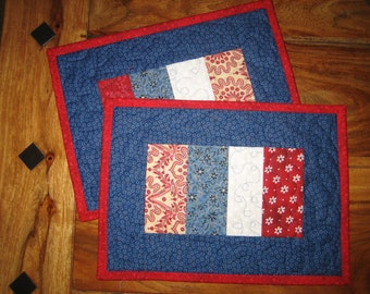 Americana Mug Rug Snack Mat, Red White and Blue, 4th of July Decor, Memorial Day, Patriotic Americana Small Table Mat,  Handmade