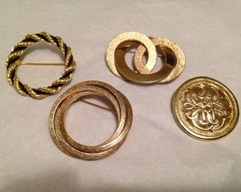 Pins brooches vintage lot of four
