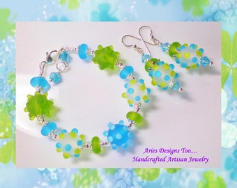 Etched Lampwork Bracelet Set in Olivine,Turquoise and White Opal, Turquoise, Green And White Bumpy Bead Bracelet and Earring Set,