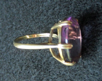 Vintage Large Amethyst Solitaire Prong Set 9ct Gold Ring Size 7