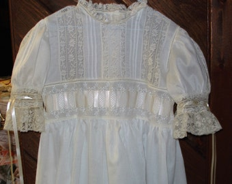 Heirloom dress size 7 white/ecru Communion Confirmation Portrait Wedding Graduation Pageant Flower Girl
