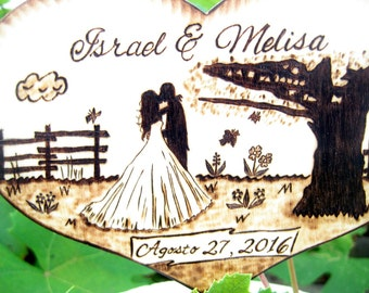 Rustic wedding cake topper Silhouette Bride and Groom, Unique Wedding gift for couple, Country wedding, Personalized wood heart, PYROGRAPHY