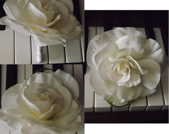 Real touch gardenia boutonniere, choose your size
