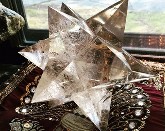 Merkabah 12 Point Merkaba with Rainbows Museum quality Huge 1226grams Nearly 3 lb. Crystal Healing Meditation RARE collectible FREE SHIPPING