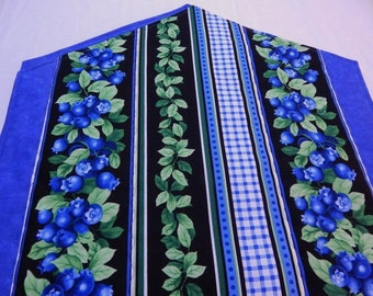 Blueberry Table Runner, Quilted Table Runner, Blueberry Table Mat, Blueberry Decor, Made in Maine USA
