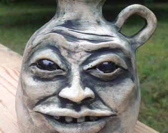 Gaptooth face vase