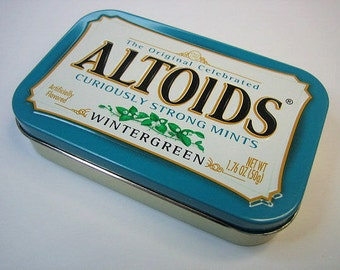MintyBoost USB Phone / Gadget Charger in a Wintergreen Altoids Tin