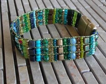 "Blue Green 6 1/2"" Woven Bracelet, Magnetic Clasp, Loom Bracelet, gift for her, small wrist, easy to put on bracelet, turquoise, brass, blue"