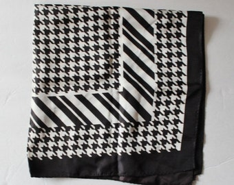50% half off sale // Vintage 70s Black and White Geometric Fashion Scarf - Houndstooth Pattern