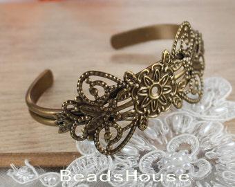 CB-04-01  2pcs Antique Brass  Plated Brass Filigree Cuff Bracelet, Nickel Free