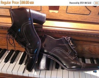 SUMMER SALE 80s PERFORATED Leather Oxford vtg Brazil All Genuine Leather Dark Brown Stacked Heels Lace Up Cap Toe Ankle Booties Heels Shoes