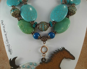 Cowgirl Necklace Set - Chunky Aqua and Green Howlite Turquoise - Appaloosa Horse Pendant