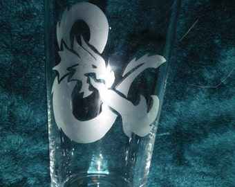 Dungeons and Dragons Ampersand Glass