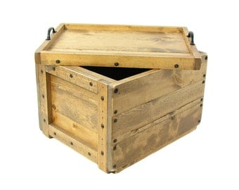 Lidded Wood Crate, Wooden Box with lid, Wedding Card Box, Hope Chest, Memory Box, Keepsake Box, Bin Tote, Carry-all, Engraving Available