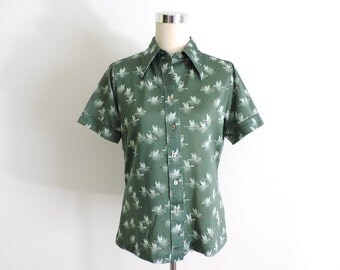 Button Down Blouse Short Sleeve Birds Green Large
