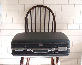 1960s American Tourister Suitcase