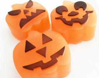 Pumpkin Soap, Perfect Pumpkin Soap, Halloween Soap, Jack O Lantern Soap, Fall Soap, Autumn Soap, Pumpkin Bath Soap Bar, Glycerin Soap