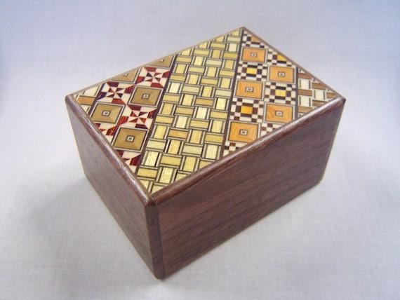 Japanese Puzzle box (Himitsu bako)-90mm (3.5inch) 12steps Yosegi  / Pure Walnut wood MIX design