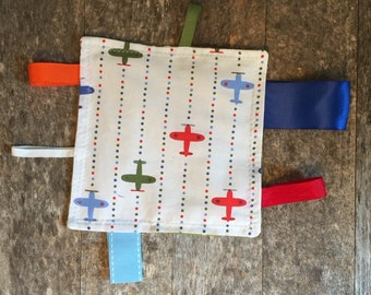 Airplane Tag Blanket, Tag Blanket, Sensory Baby Toy, Tag Toy, Ribbon Lovie, Baby Shower Gift, Crinkle Blankie, Sensory Play, Baby Gift