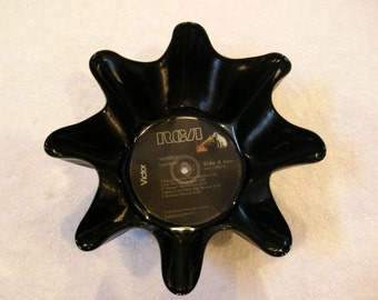 David Bowie Record Bowl Made From Repurposed Vinyl Album