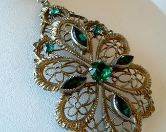 Vintage Brass Flilgree Pendent Necklace Large Pendant with Green Marquis Rhinestones 21 inch Necklace Brass Chain 1940