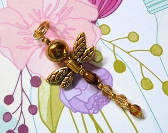 Golden Dragonfly Pendant (2680)
